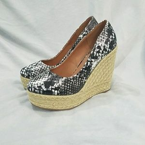 Snakeskin Pattern Espadrilles Wedge Shoes